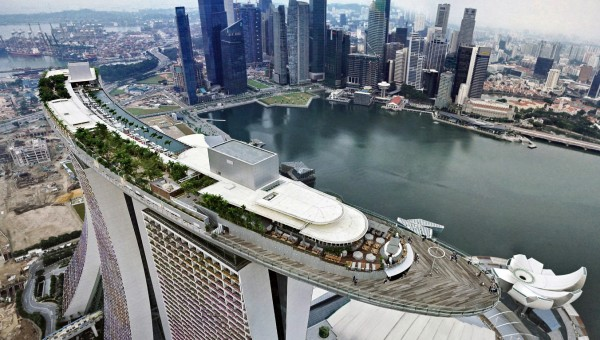 Marina bay sands integrated hotel with skypark singapore - Rooftop swimming pool in singapore ...