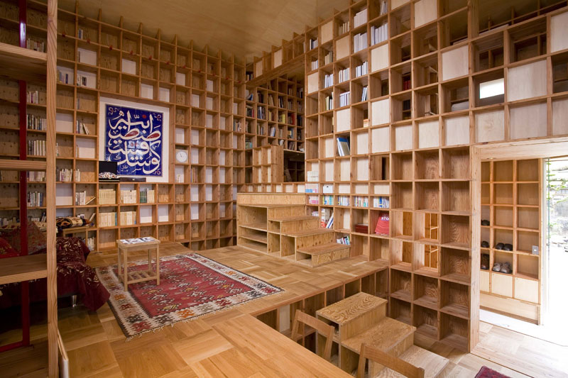 Shelf Pod – The Islamic Library Residence in Japan