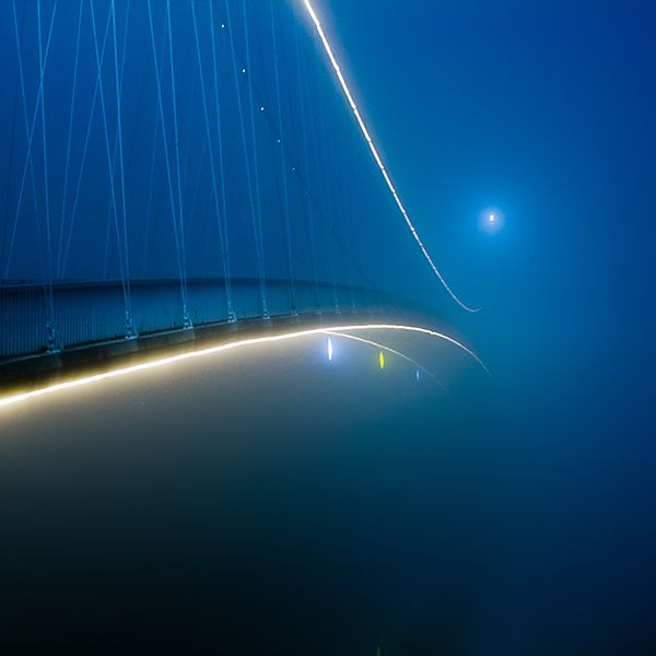 Bridge in fog © 2009-2011 Oriontrail